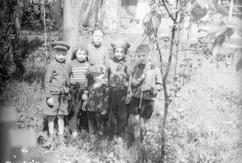1961_IMG184_клубный_сад.jpg