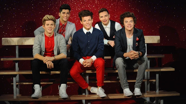 one_direction_wax_figures_2013_640x360