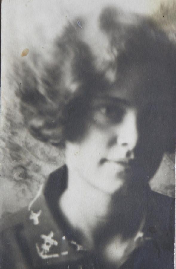 Бабушка Зина 14 лет