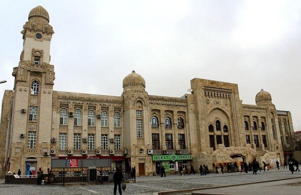 800px-Baku_Vagzal