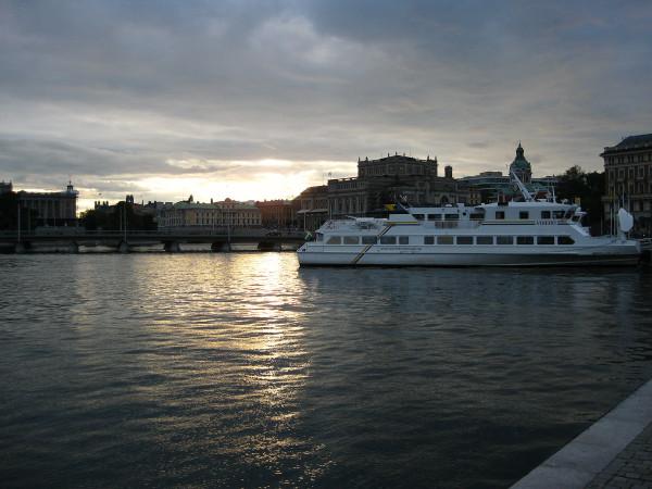 Сток-вечер-яхта