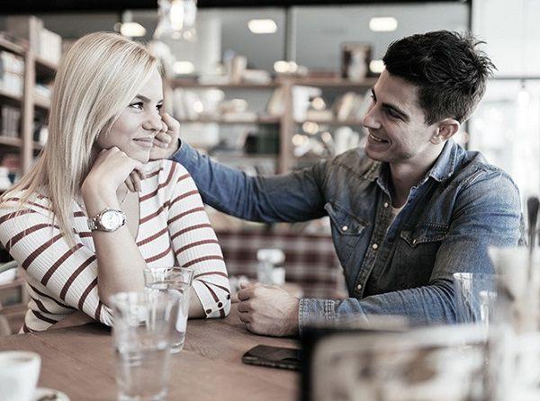 Наивные дурочки и озабоченные кавалеры с сайтов знакомств