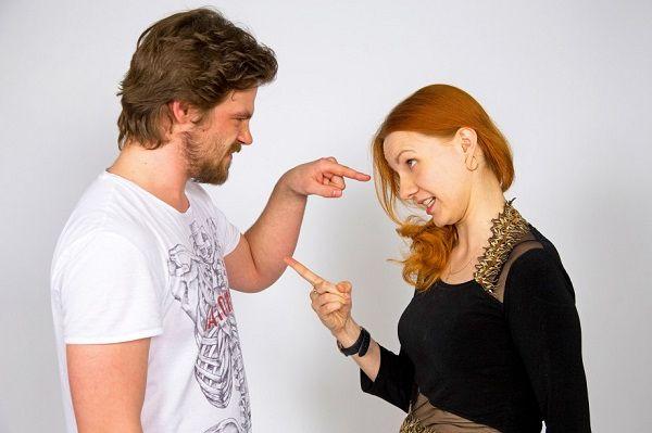 Почему у женщин возникают претензии к мужчинам. И что с этим делать?