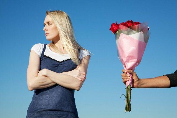 Знакомая дева жалится «Мужчины перестали подкатывать!» Почему, разбираемся в деталях