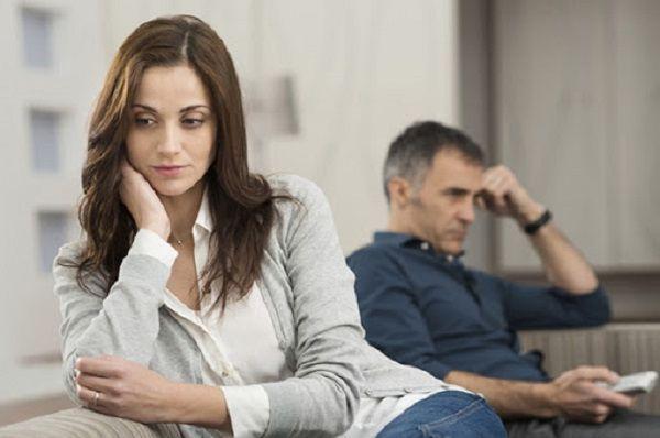 Хочешь крепкую семью – молчи в тряпочку. Жене слово не давали