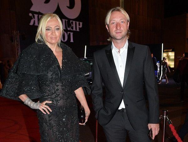 Рудковская и Плющенко отметили 11-ую годовщину свадьбы. Чистая любовь или совместный бизнес?