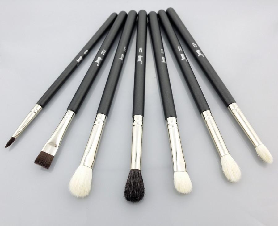 Jessup brushes