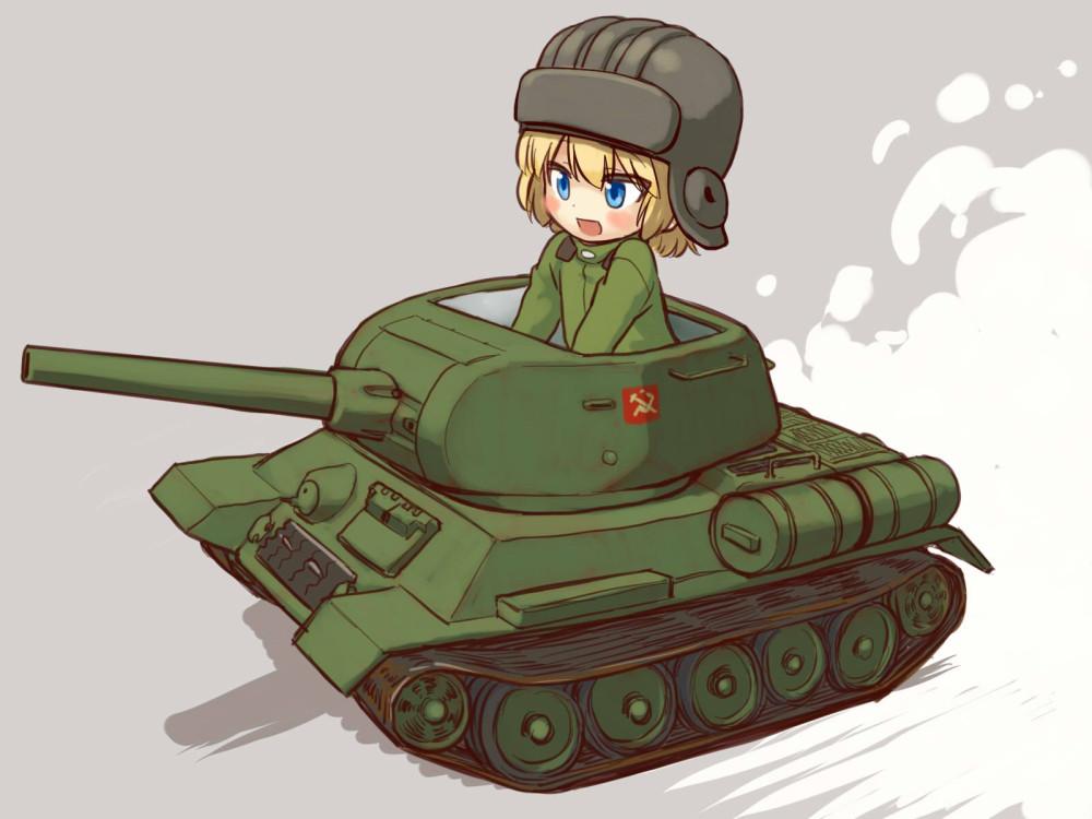 risunok-devushka-tankist-golie-kartinki-popki