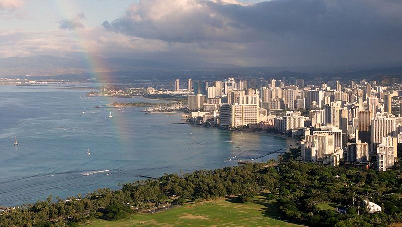 Waikiki_view_from_Diamond_Head