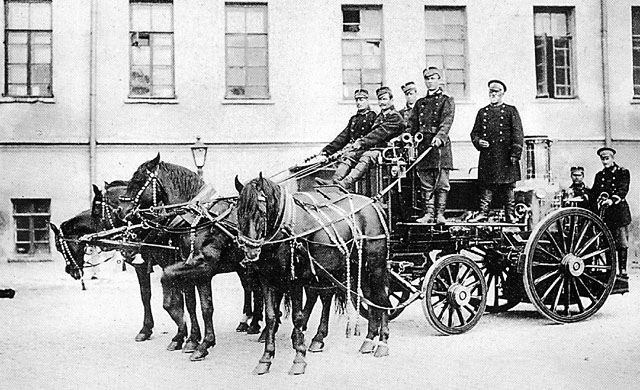 Moscow,_Fire_Brigade,_early_1900s