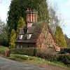 Fountain_Cottages,_Peckforton.jpg