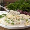 Creamy-Greek-Yogurt-Alfredo-Sauce-Recipe-4.jpg