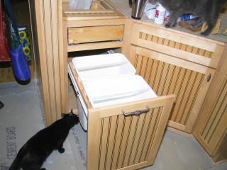 garbage/recycling drawers