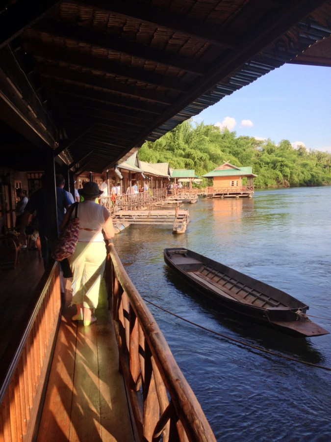 гостиница на реке Квай