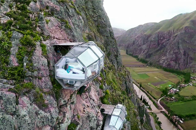 гостиница на скале в Перу