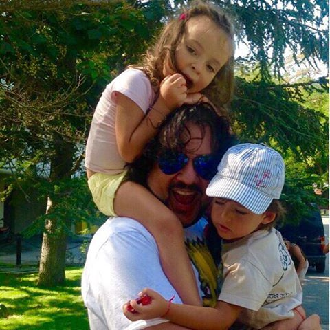 Киркоров с детьми в Болгарии