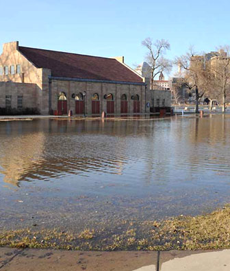 Harriet Island Flood