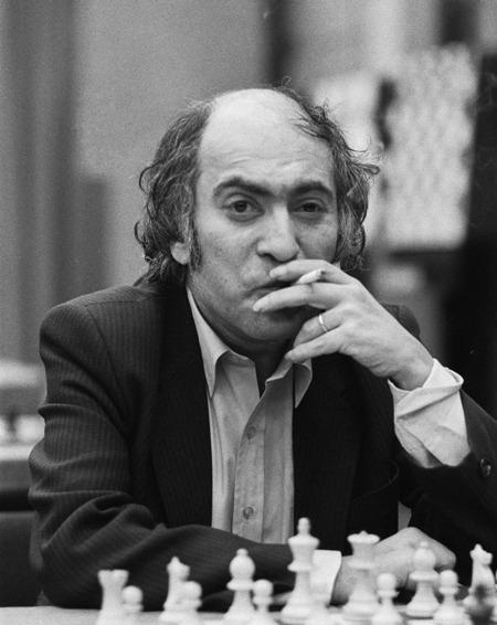 Mikhail_Tal_1982
