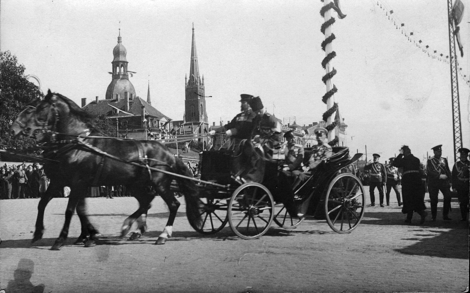 Czar_Nikolai_II_1910__2_