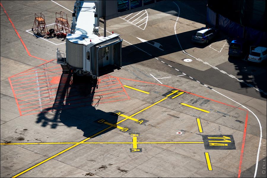 Аэропорт Домодедово: вид сверху... с вышки! 2681