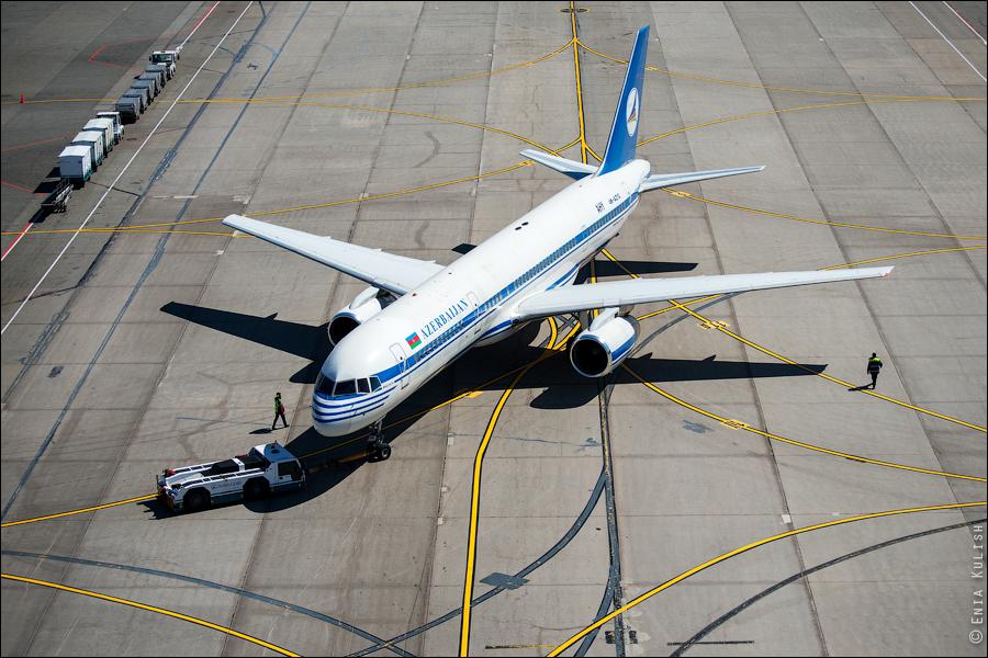 Аэропорт Домодедово: вид сверху... с вышки! 2709