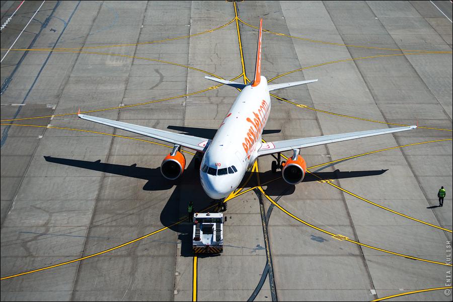 Аэропорт Домодедово: вид сверху... с вышки! 2716