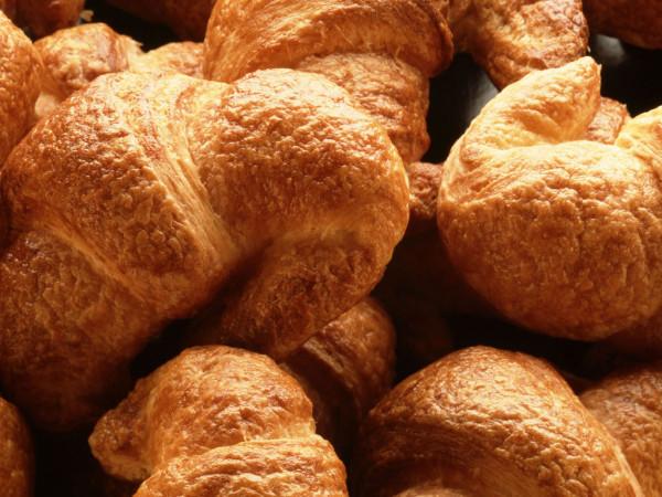 croissant-wallpaper_1024x768_36188
