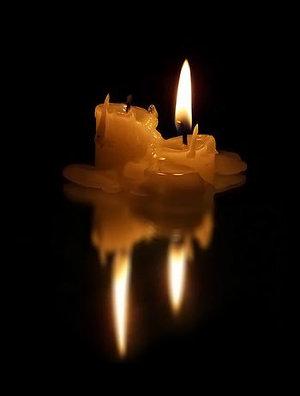 погасшая свеча