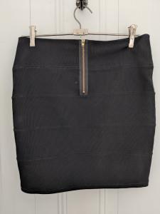 Amy Pond Skirt Back
