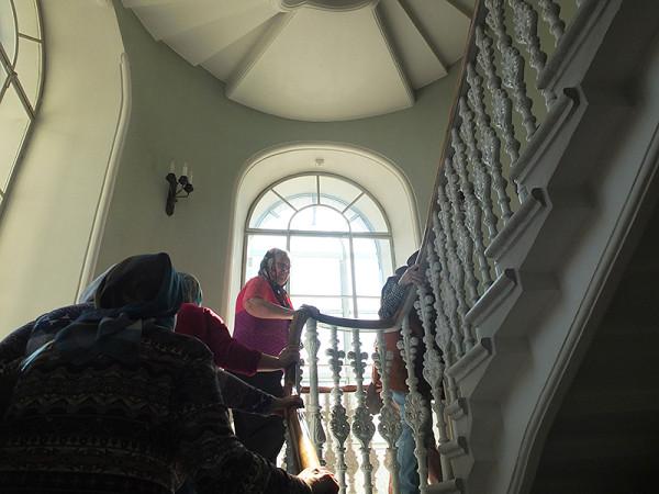 Про беломраморную лестницу в Морском соборе Кронштадта