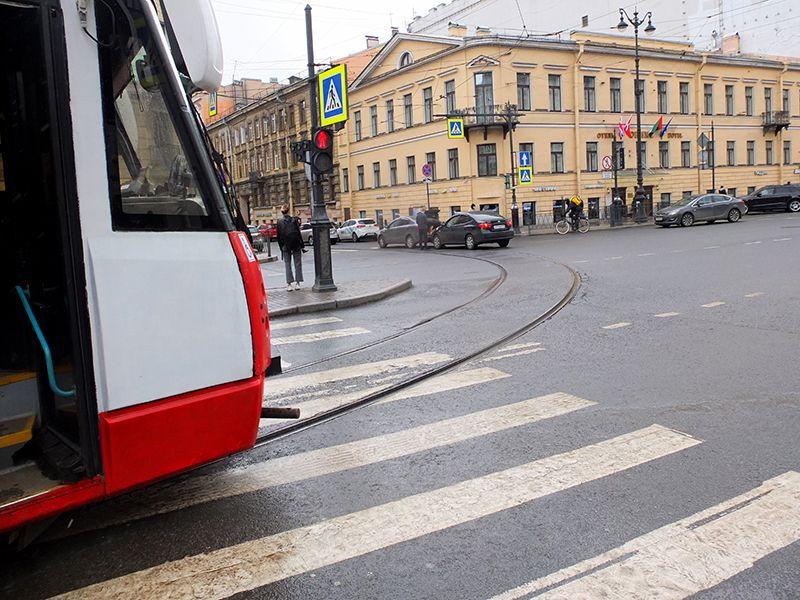 От дома до Смольного на 74 автобусе с остановкой на Лиговке