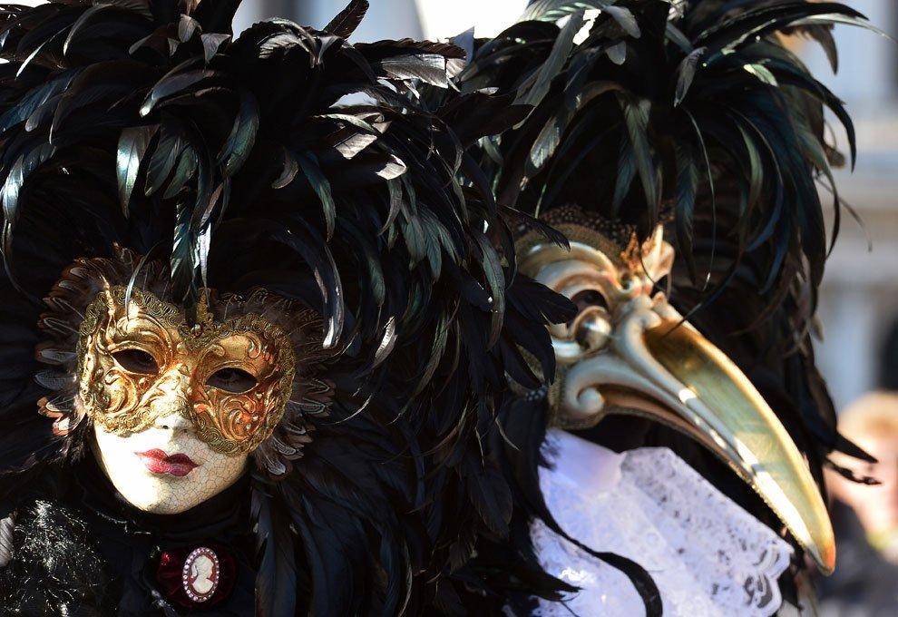 Венецианская маска Вольто и Доктор