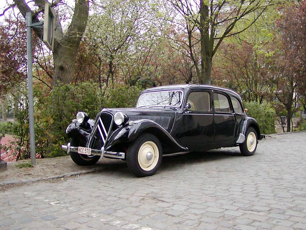 Citroën Traction Avant - первый в мире автомобиль с приводом на передние колеса
