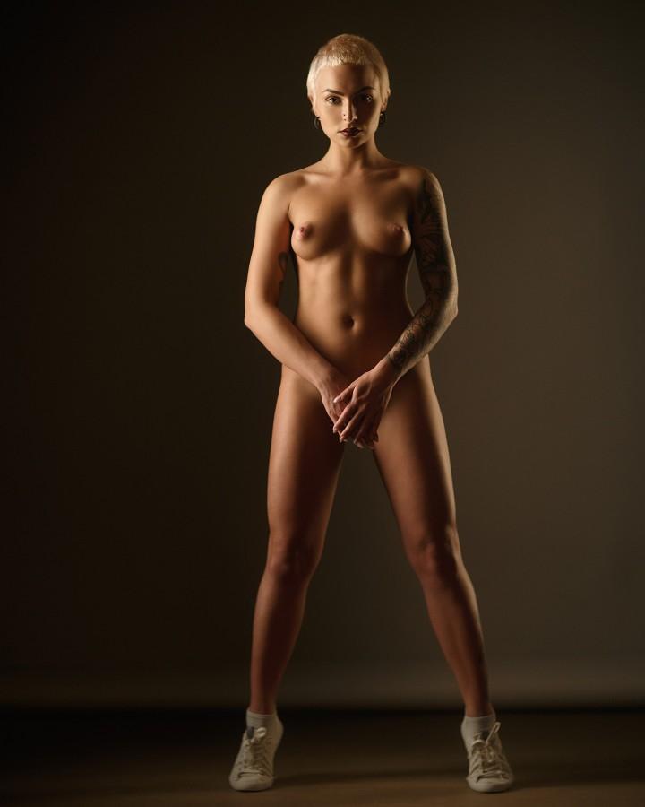 голое женское тело больших размеров вибраторами силиконовым