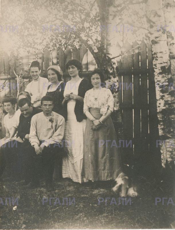 Николай Гумилёв, Мария Кузьмина-Караваева и фотография из Слепнёва