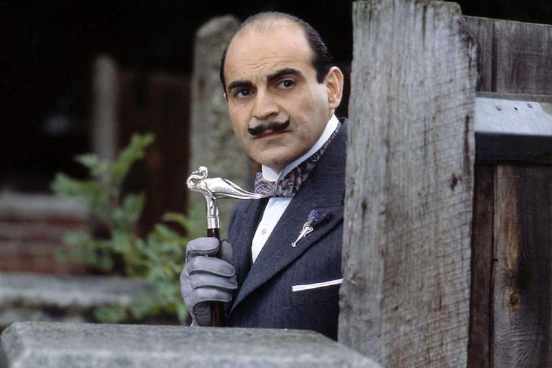 Actor-David-Suchet-Stars-in-the-LWT-series-Hercule-Poirots-Casebook-pic4_zoom-1000x1000-37959.jpg