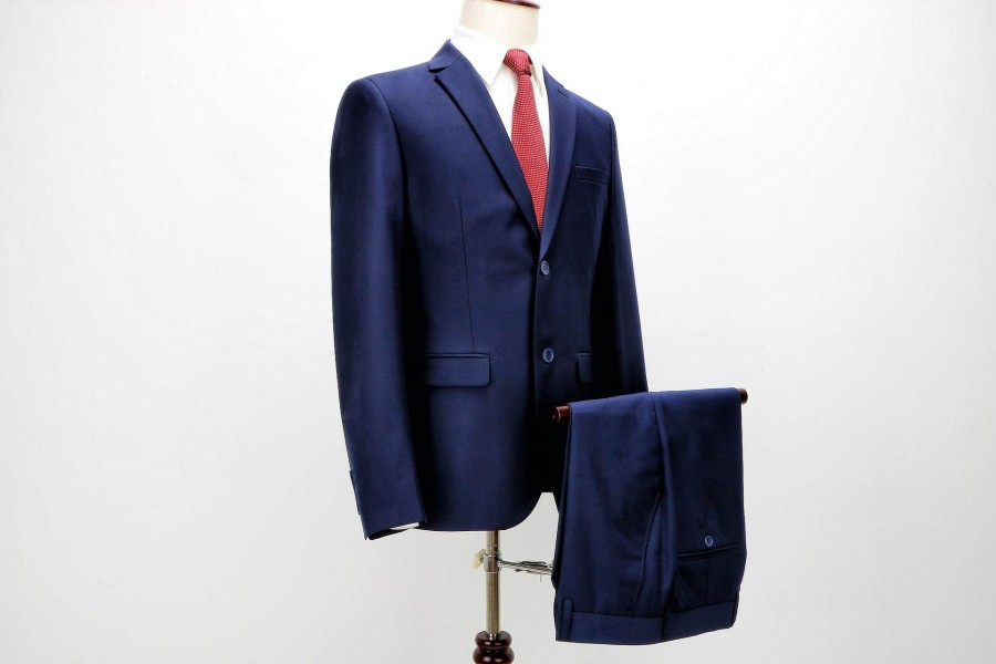 suit-2688315_1920_1.jpg