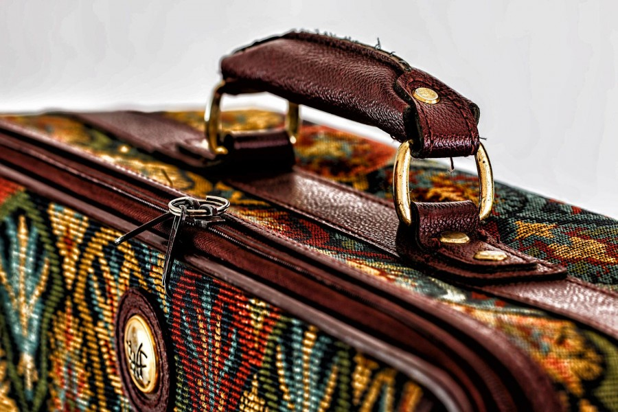 suitcase-468445_1920_1.jpg
