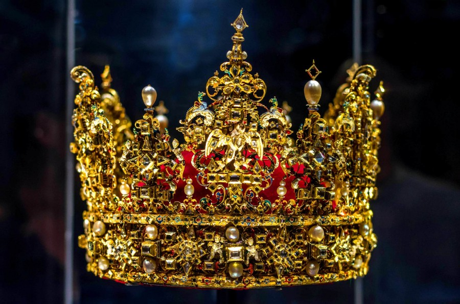 Crown_of_King_Christian_IV_of_Denmark_1.jpg