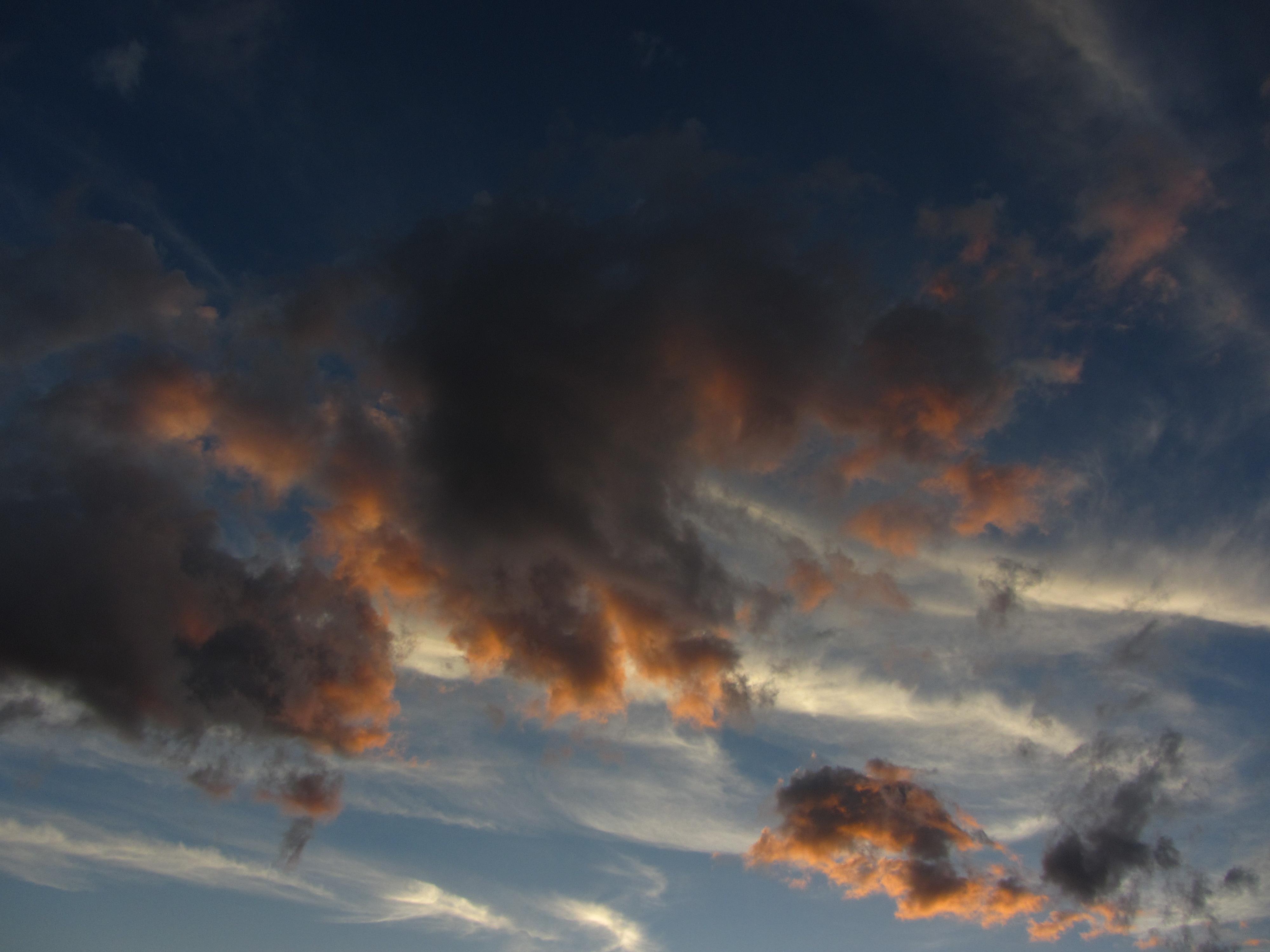 Закат в Монреале.