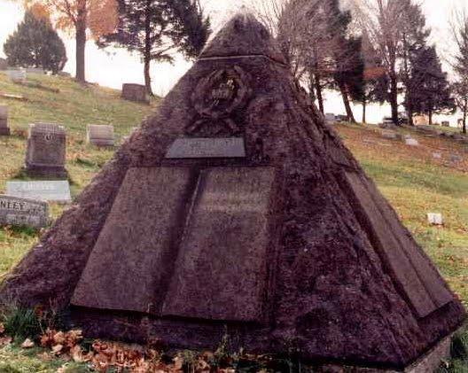 могила основателя свидетелей иеговы