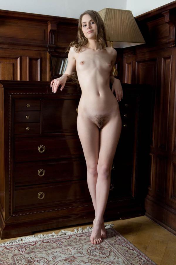 небритые голые девки превосходно
