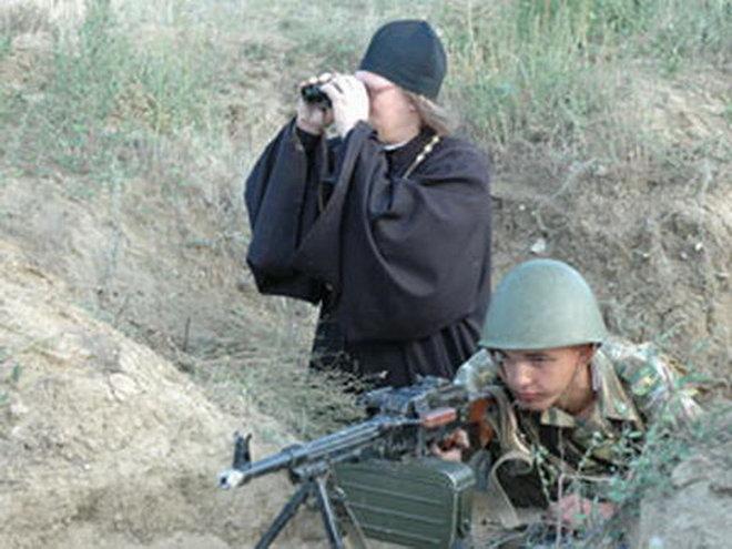 православный священник в армии России