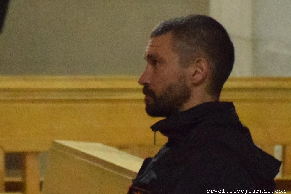 Владимир Крестовский молится за упокой Жанны Фриске в Барселоне