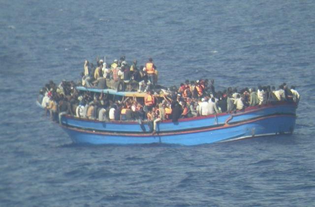 Плывут в Европу
