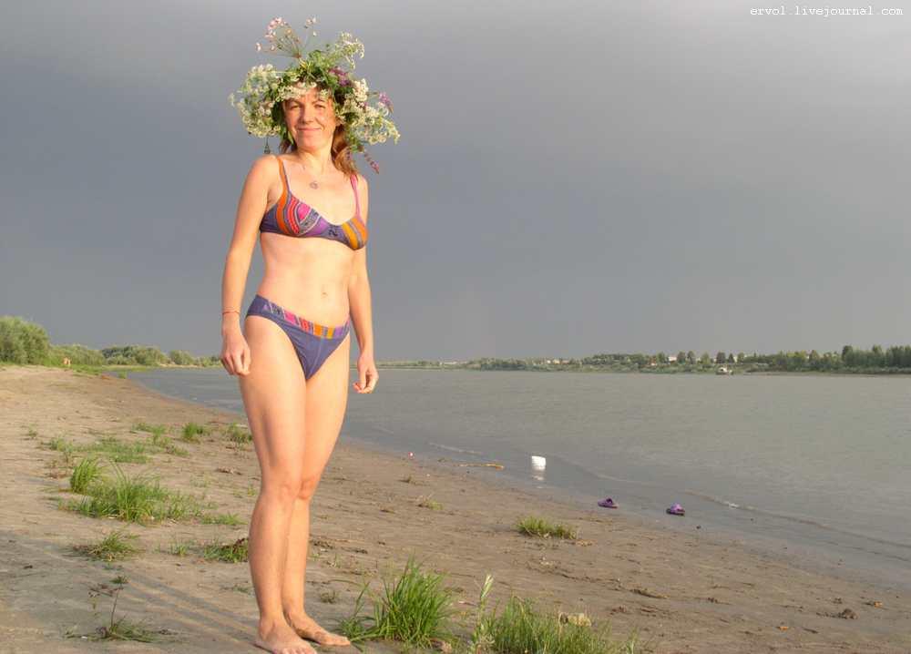 Пляж в Испании и пляж на Украине