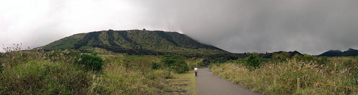 остров Oshima, вулкан Mihara