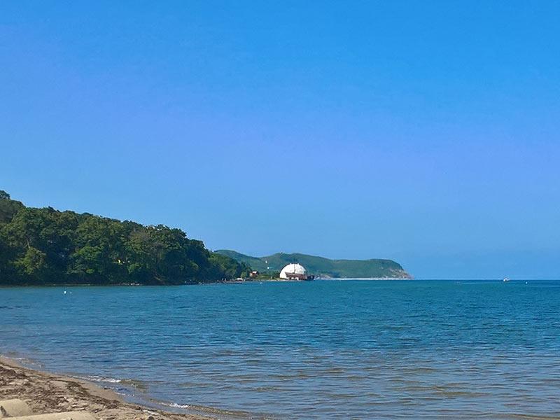 владивосток, бухта витязь, белый купол, берег