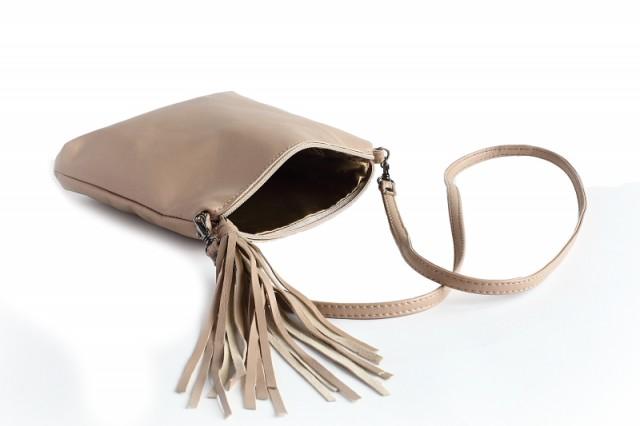 Маленькая сумка на длинном ремешке своими руками