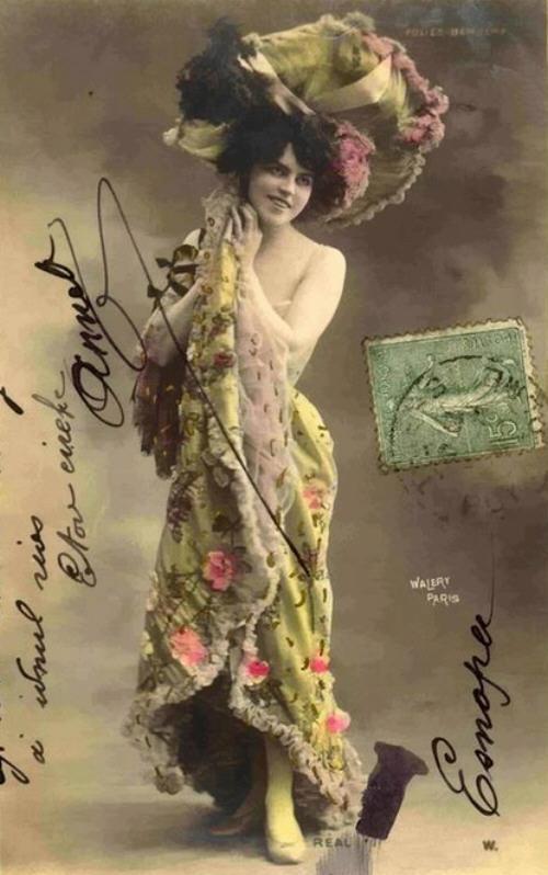 vintage-cabaret-girls-18-jm